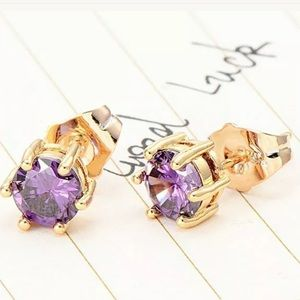 Jewelry - Vintage Purple Crystal Yellow Gold filled earring